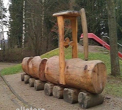 Eisenbahnen, Traktoren & LKW aus Holz