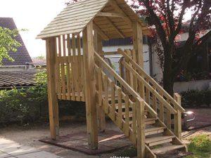 Baumhäuser, Stelzenhäuser & Spieltürme aus Holz